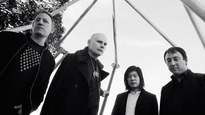 The Smashing Pumpkins – SOL - The Smashing Pumpkins: Shiny And Oh So Bright Tour ft. Metric